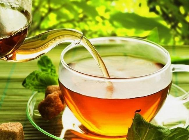 Pha lá ổi như pha trà và sử dụng hàng ngày