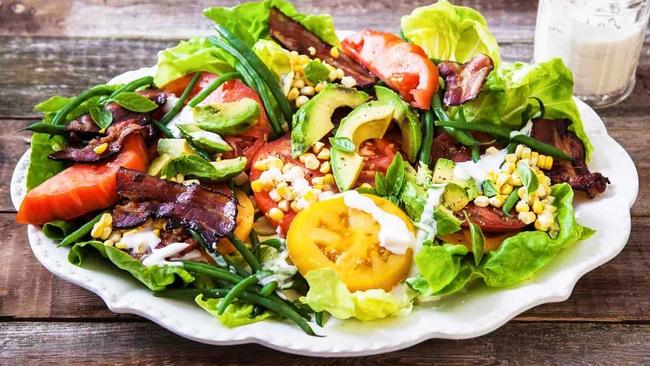 Giảm cân bằng mật ong với salad để tận dụng tối đa công dụng của mật ong