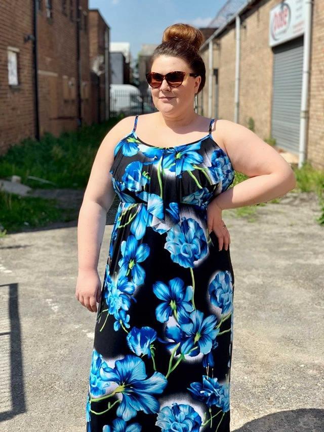 váy maxi đi biển cho người béo