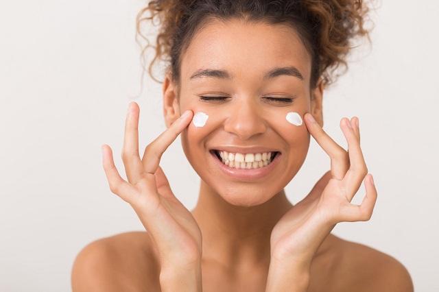 Tại sao nên dùng kem chống lão hoá da tuổi 25? Top 5 kem chống lão hoá da tuổi 25 tốt nhất!