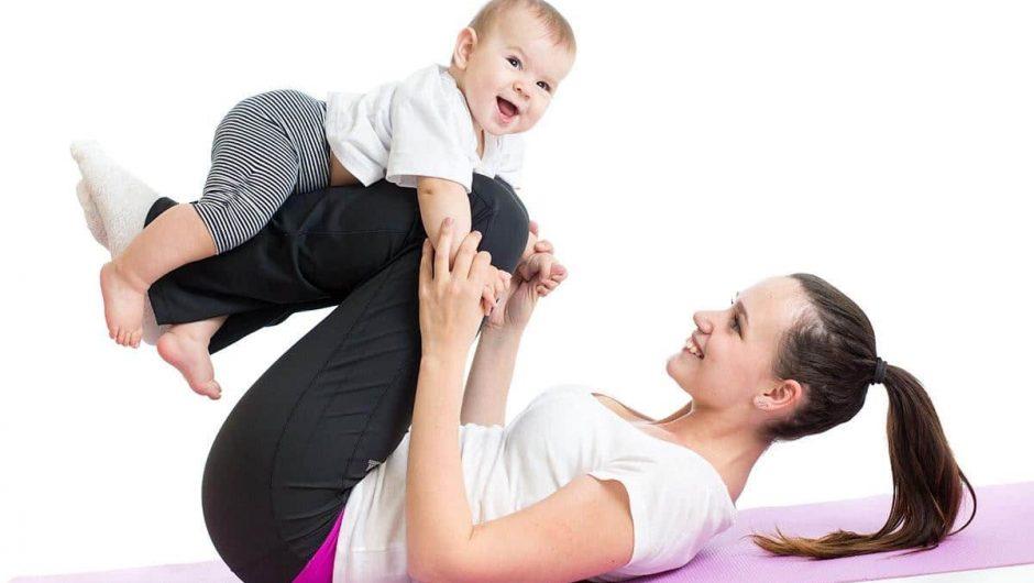 Bài tập Yoga giảm mỡ bụng sau sinh khoảng 6 tháng