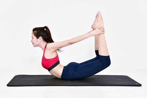 Bài tập Yoga giảm mỡ bụng sau sinh khoảng 9 tháng