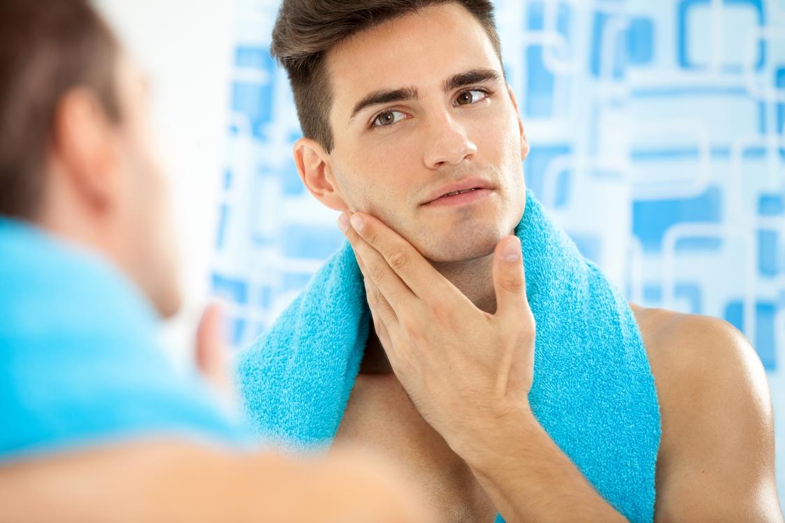 Massage mỗi ngày để giảm mỡ mặt cho nam hiệu quả